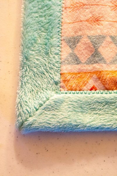 Self-binding-minky-blanket-tutorial-15